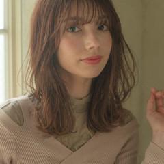 大人可愛い フェミニン レイヤーカット レイヤーロングヘア ヘアスタイルや髪型の写真・画像