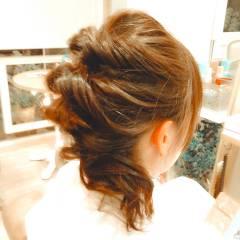 簡単ヘアアレンジ ヘアアレンジ ねじり ショート ヘアスタイルや髪型の写真・画像