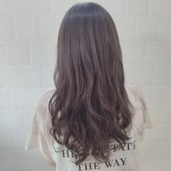 ナチュラルベージュ ベージュ アッシュ 360度どこからみても綺麗なロングヘア ヘアスタイルや髪型の写真・画像