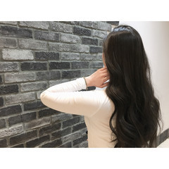ブラウン 暗髪 アッシュ ロング ヘアスタイルや髪型の写真・画像