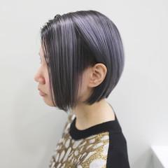 ホワイトアッシュ ハイトーンカラー ショート モード ヘアスタイルや髪型の写真・画像