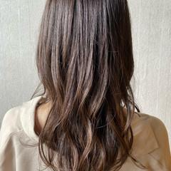 レイヤーカット ツヤ髪 ミディアムレイヤー 髪質改善トリートメント ヘアスタイルや髪型の写真・画像
