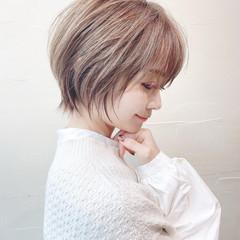 アンニュイほつれヘア ウルフカット ナチュラル ショートボブ ヘアスタイルや髪型の写真・画像