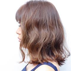 インナーカラー ハイライト ゆるふわ グラデーションカラー ヘアスタイルや髪型の写真・画像