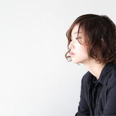 オフィス 抜け感 ロブ ミディアム ヘアスタイルや髪型の写真・画像