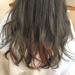 アッシュ ロング グラデーションカラー ゆるふわ ヘアスタイルや髪型の写真・画像
