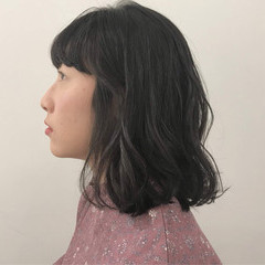 切りっぱなしボブ 無造作パーマ パーマ 毛先パーマ ヘアスタイルや髪型の写真・画像