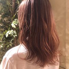 ガーリー バレイヤージュ ピンクベージュ ミルクティーベージュ ヘアスタイルや髪型の写真・画像