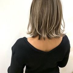 バレイヤージュ コンサバ ハイライト 3Dハイライト ヘアスタイルや髪型の写真・画像