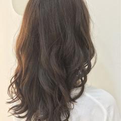 大人女子 暗髪 ゆるふわ セミロング ヘアスタイルや髪型の写真・画像