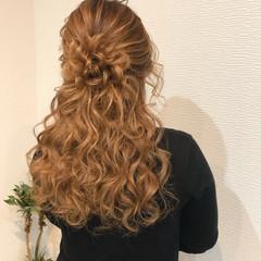 フェミニン ミディアム ヘアセット 結婚式 ヘアスタイルや髪型の写真・画像