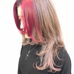 ネオウルフ ウルフカット ウルフ女子 ベリーピンク ヘアスタイルや髪型の写真・画像