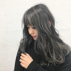 ガーリー デート セミロング 外国人風 ヘアスタイルや髪型の写真・画像