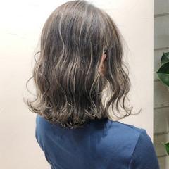 グレージュ コントラストハイライト ハイライト ストリート ヘアスタイルや髪型の写真・画像
