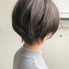 ショートヘア ナチュラル 大人ショート ショートボブ ヘアスタイルや髪型の写真・画像