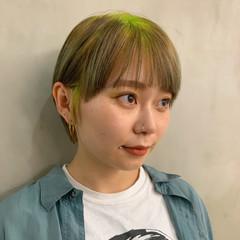ブリーチオンカラー モード ブリーチ ショートヘア ヘアスタイルや髪型の写真・画像