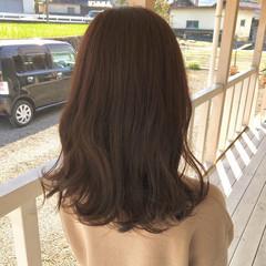 グレージュ ロングヘア ブラウン ブリーチなし ヘアスタイルや髪型の写真・画像