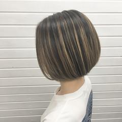 コントラストハイライト ストリート グラデーションカラー ボブ ヘアスタイルや髪型の写真・画像