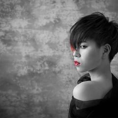 ショート モード 外国人風 アッシュグレージュ ヘアスタイルや髪型の写真・画像