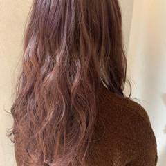 ピンク ラベンダーピンク ロング ピンクベージュ ヘアスタイルや髪型の写真・画像