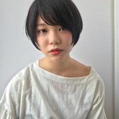 ショート ショートボブ ナチュラル 小顔 ヘアスタイルや髪型の写真・画像