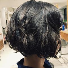 ナチュラル パーマ ボブ 黒髪 ヘアスタイルや髪型の写真・画像