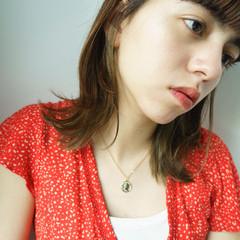 オフィス 簡単ヘアアレンジ ミディアム うぶ毛ハイライト ヘアスタイルや髪型の写真・画像
