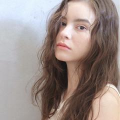 パーマ 外国人風 ロング ストリート ヘアスタイルや髪型の写真・画像