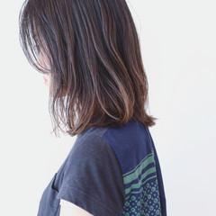 グラデーションカラー ナチュラル バレイヤージュ ミディアム ヘアスタイルや髪型の写真・画像