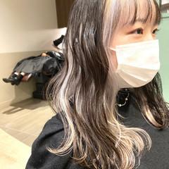 インナーカラーホワイト ガーリー ホワイトベージュ ホワイトブリーチ ヘアスタイルや髪型の写真・画像