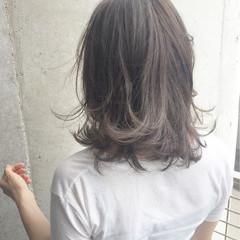 グラデーションカラー 大人かわいい ミディアム アッシュ ヘアスタイルや髪型の写真・画像