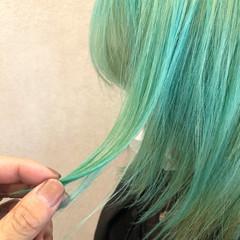 ターコイズ グリーン ブルー モード ヘアスタイルや髪型の写真・画像