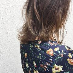 アッシュ 外ハネ ボブ 大人かわいい ヘアスタイルや髪型の写真・画像