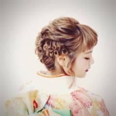 編み込み ヘアアレンジ 成人式 ガーリー ヘアスタイルや髪型の写真・画像