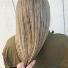グレージュ アッシュグレー ミルクティーグレージュ アッシュグレージュ ヘアスタイルや髪型の写真・画像