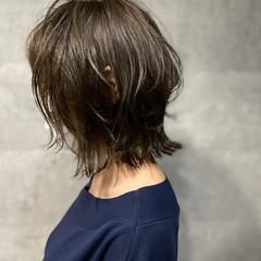 くびれボブ ボブ ラベンダーグレージュ ナチュラル ヘアスタイルや髪型の写真・画像