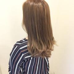 秋 セミロング 透明感 モテ髪 ヘアスタイルや髪型の写真・画像