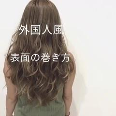 秋 透明感 リラックス ロング ヘアスタイルや髪型の写真・画像