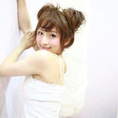 セミロング 女子会 大人かわいい リラックス ヘアスタイルや髪型の写真・画像