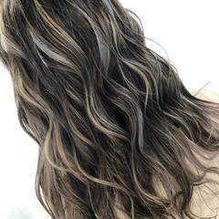 大人ハイライト モード ハイライト 派手髪 ヘアスタイルや髪型の写真・画像