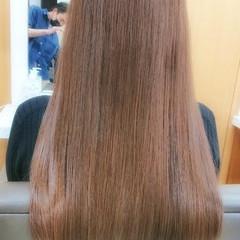 ロング エレガント 艶髪 イルミナカラー ヘアスタイルや髪型の写真・画像