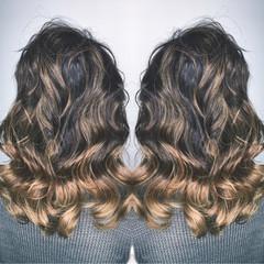 パーマ ハイライト ナチュラル グラデーションカラー ヘアスタイルや髪型の写真・画像