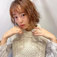 フェミニン インナーカラー ショートボブ ショートヘア ヘアスタイルや髪型の写真・画像