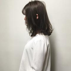 透明感カラー セミロング レイヤーボブ 外ハネボブ ヘアスタイルや髪型の写真・画像