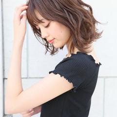 大人ミディアム ゆるふわパーマ 韓国ヘア ミディアム ヘアスタイルや髪型の写真・画像