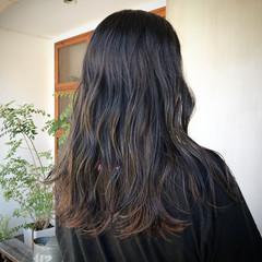 外国人風カラー セミロング ナチュラル ハイライト ヘアスタイルや髪型の写真・画像