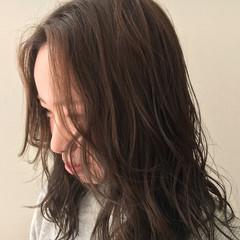 デート セミロング おフェロ 大人かわいい ヘアスタイルや髪型の写真・画像