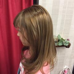 ガーリー セミロング ダブルカラー イルミナカラー ヘアスタイルや髪型の写真・画像
