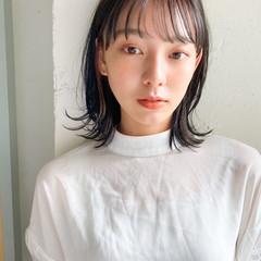 大人かわいい アンニュイほつれヘア ミディアム オフィス ヘアスタイルや髪型の写真・画像