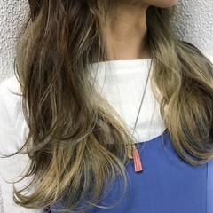 ストリート 外国人風 インナーカラー ハイライト ヘアスタイルや髪型の写真・画像